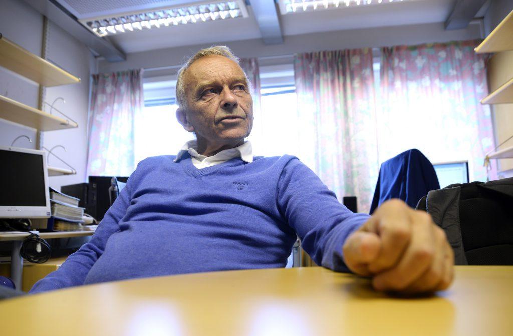 Professor Olav Helge Førde har problemer med å peke ut den enkelthendelsen som var avgjørende for å skaffe UNN omdømme som universitetsklinikk. (Foto: Rune Stoltz Bertinussen)