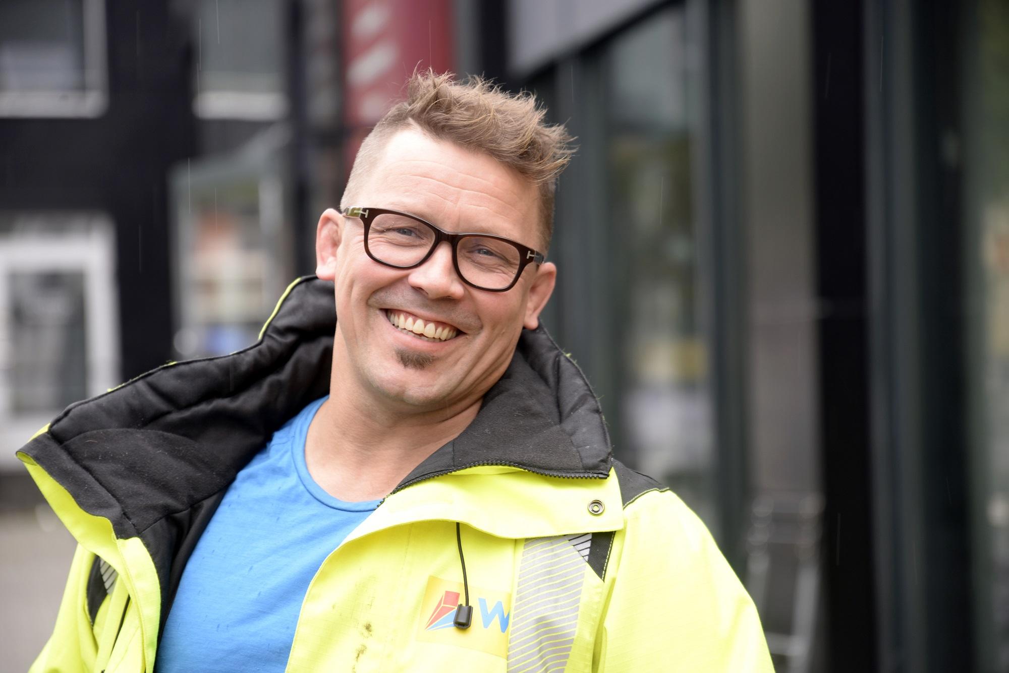 Både før og etter ulykken prioriterte Stig A. Hansen utdannelse. Det gjør at han i dag har en spennende jobb som prosjekt- og byggeleder. (Foto: Rune Stoltz Bertinussen)